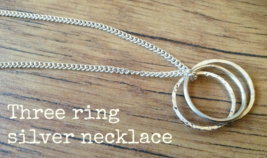 silver three ring necklace