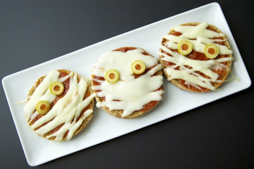 mini pizza mummies