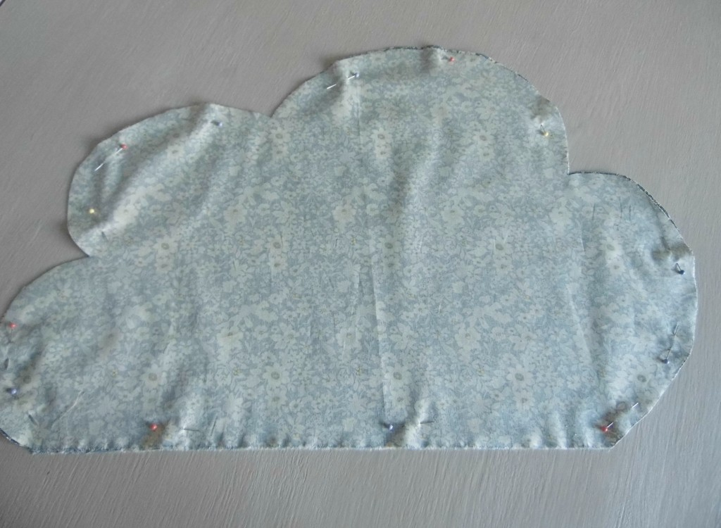 diy cloud cushion
