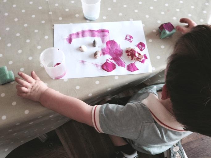 making seashell crafts