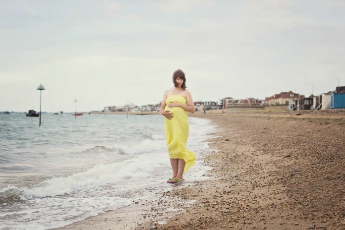 marie donn maternity photos