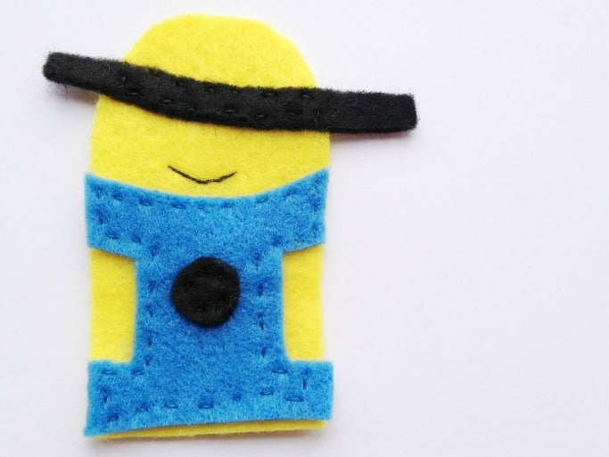 making a minion finger puppet for children