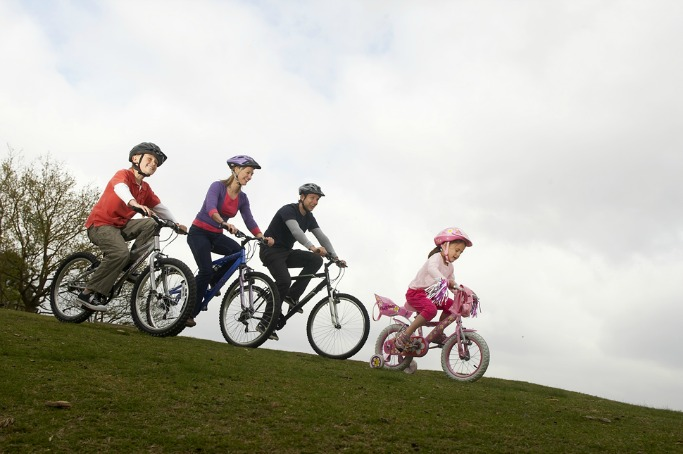 When should you teach your kids to ride a bike