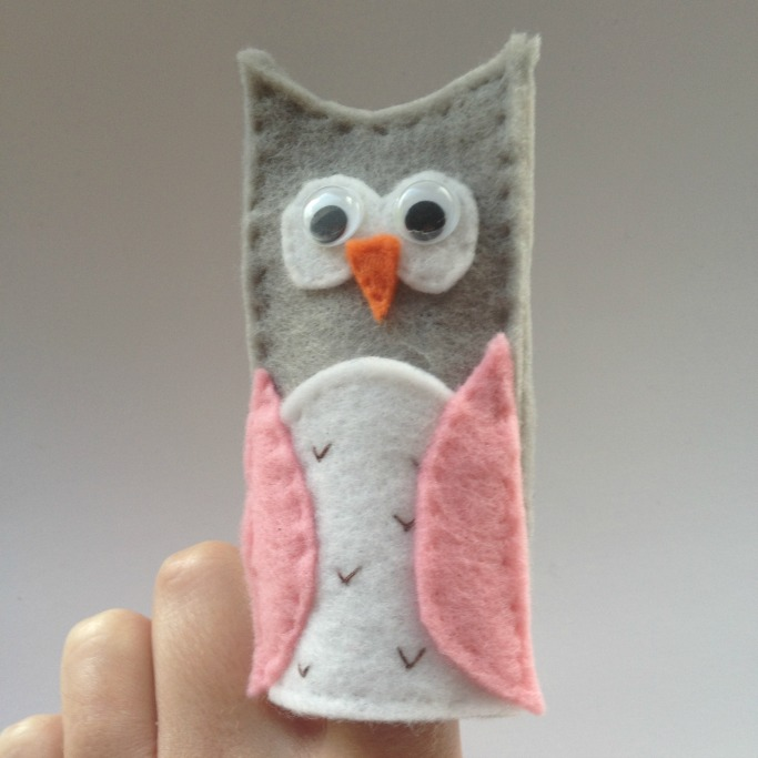 how to make handmade puppets how to make an owl finger puppet crafts on sea 9430