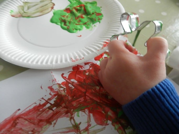 how to make cookie cutter christmas cards