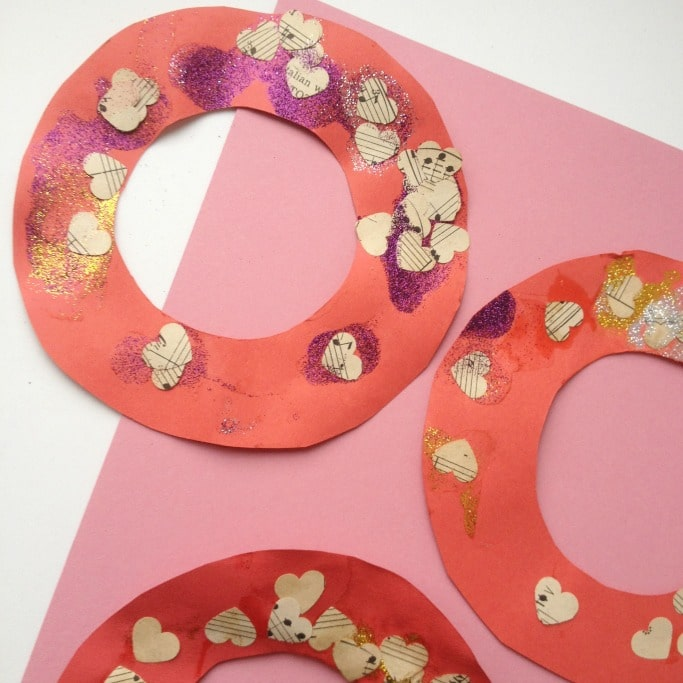 valentines day heart wreath for preschoolers